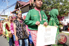 Warga Badau antusias sambut Festival Perbatasan