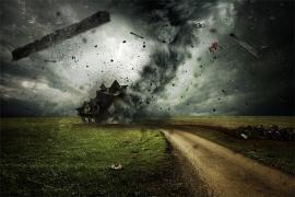 Tiga rumah warga Singkawang rusak akibat angin kencang