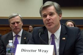 Direktur FBI Bela Lembaganya di Tengah Kecaman Trump
