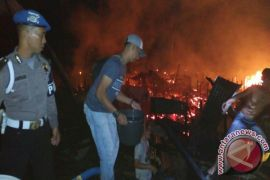 Rumah Betang Sayut Di Kapuas Hulu Terbakar