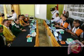 Yansen - Ason mendaftar ke KPU Sanggau