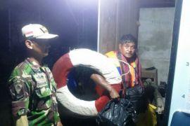 Lantamal Pontianak bantu evakuasi korban laka laut