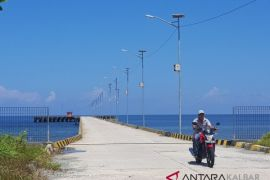 Pelabuhan Cik Kadir Sukadana jarang disinggahi kapal