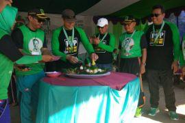 Ribuan warga Kayong Utara meriahkan gerak jalan Hari Lahir PPP
