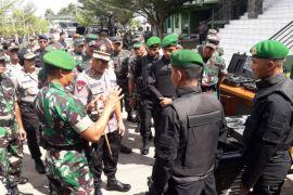 TNI - Polri bersinergi amankan Pilkada Kalbar