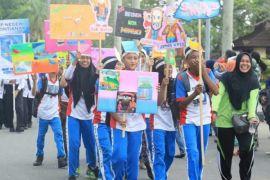Pelajar perbatasan Sanggau Ledo gelar festival literasi