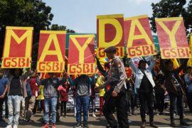 Buruh Sambas bersihkan pasar peringati May Day