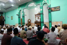Di Pemangkat Sutarmidji ajak masyarkat kembali pada Al-quran