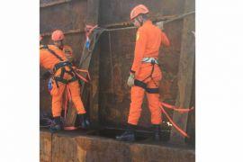 SAR Pontianak evakuasi korban terjebak ponton