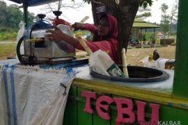 Omzet pedagang Pulau Datok naik drastis