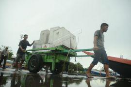 Distribusi logistik Pilkada Kalbar dijamin lancar