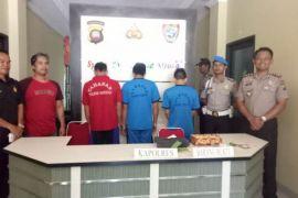 Polres Sanggau bekuk tiga pengedar narkoba