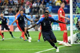 Tandukan Umtiti bawa Perancis ke final Piala Dunia