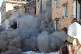 Gedung ambruk, 20 orang dikhawatirkan tewas
