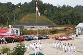 Upacara bendera di ujung batas negeri
