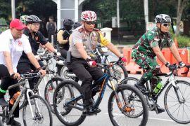 Kapolda Kalbar ajak masyarakat budayakan bersepeda