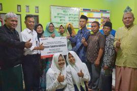 Pertamina berikan bantuan untuk madrasah di Kalteng