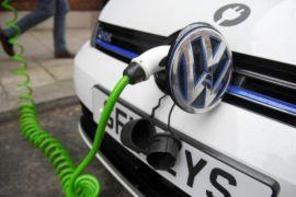 Tesco dan VW kembangkan stasiun pengisian kendaraan listrik