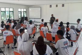 BUMN Hadir - Tugu Khatulistiwa dan Sungai Kapuas motivasi peserta SMN kunjungi Kalbar