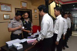 Empat oknum polisi terindikasi narkoba hasil tes urin