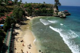 Wisata Pantai Dato Majene