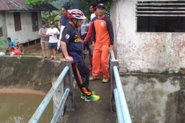 Wabup tinjau Bendungan Tanjung Belimbing sembari bersepeda