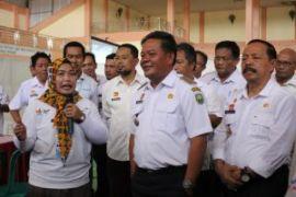 Bupati Sanggau ajak desa terus berinovasi