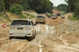 Pembangunan Jalan Perbatasan Kalbar