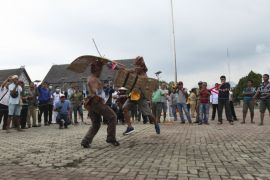Olahraga Tradisional Dayak Kaltim