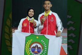 Atlet anggar Singkawang berhasil memperoleh medali emas