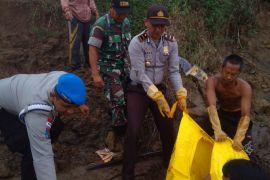 Seorang pelajar ditemukan tewas di Sungai Kapuas