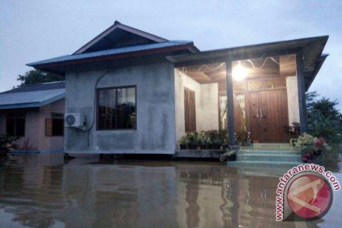 Floods inundate several areas in Kapuas Hulu