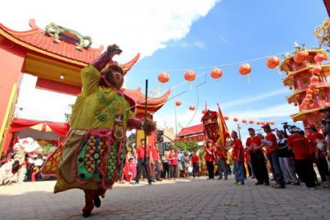 Kirab budaya Tionghoa