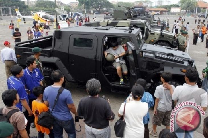 Presiden Namakan Kendaraan Taktis Militer, Komodo