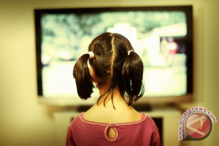 Police urge students for watching education channel