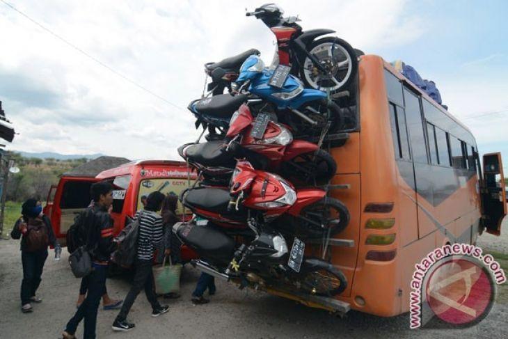 Jumlah penumpang bis Putussibau - Pontianak menurun