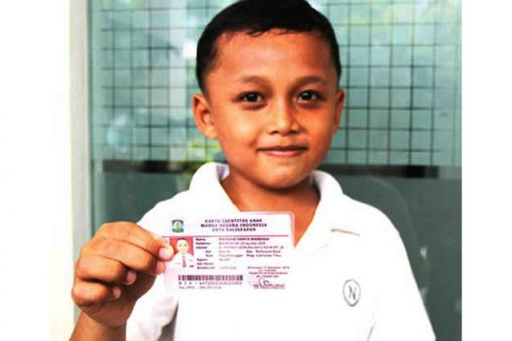 Pontianak Distribusikan Lima Ribuan Kartu Identitas Anak