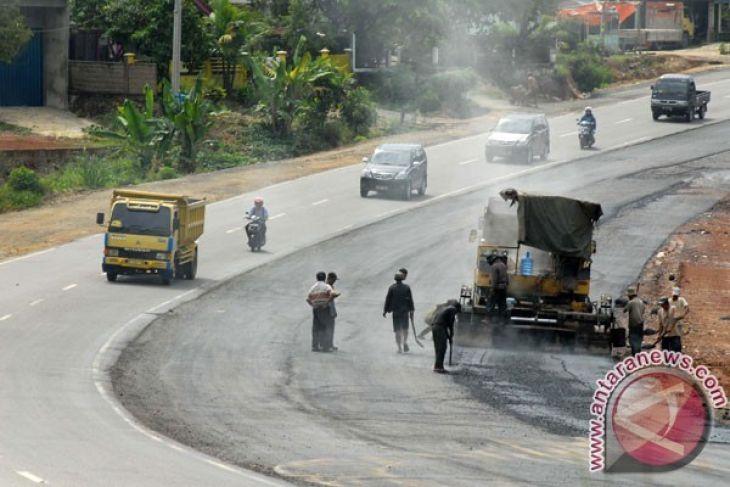 Pemkot Singkawang Lebarkan Beberapa Ruas Jalan Utama