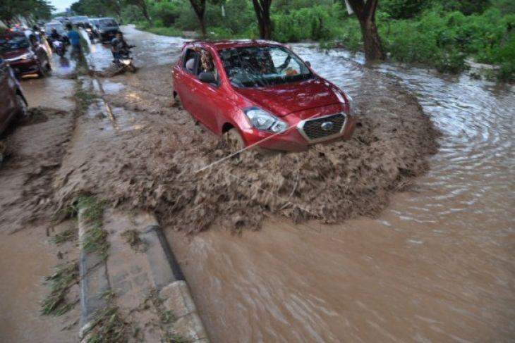 Warga Kapuas Hulu Khawatir Banjir Susulan