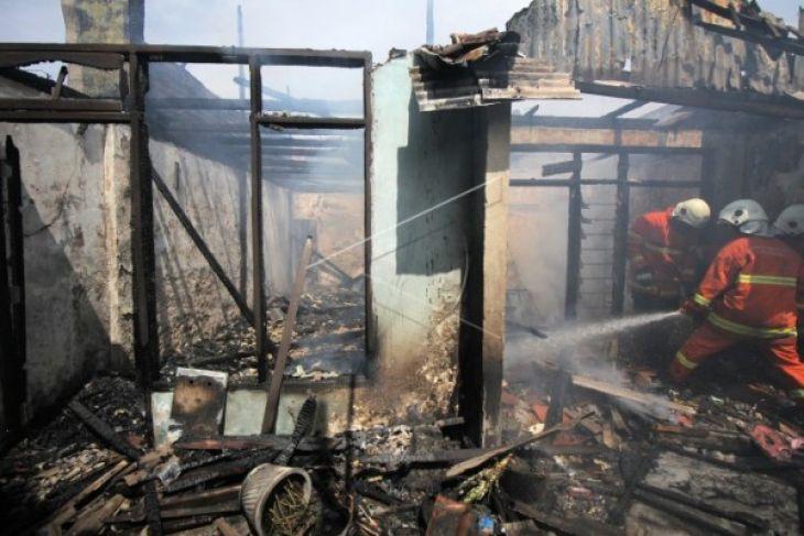 BPBD: Dua Rumah Kontrakan di Pontianak Terbakar