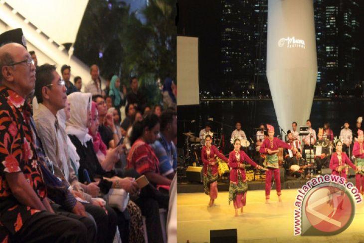 Penari KKU Pukau Penonton Festival Muara Singapura