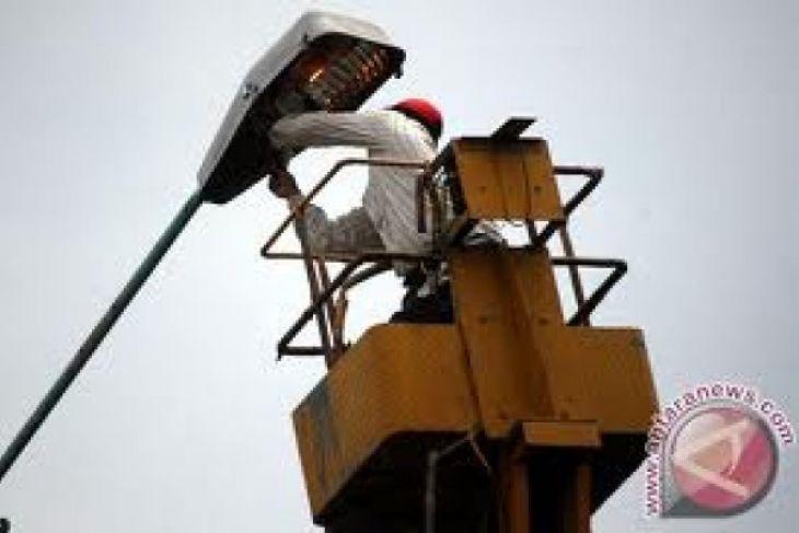 Warga keluhkan lampu jalan Simpi padam