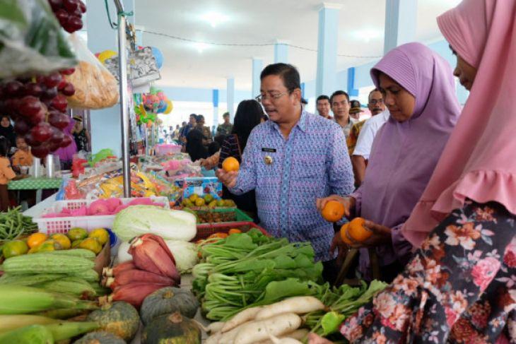 Peresmian empat pasar rakyat di Sekadau