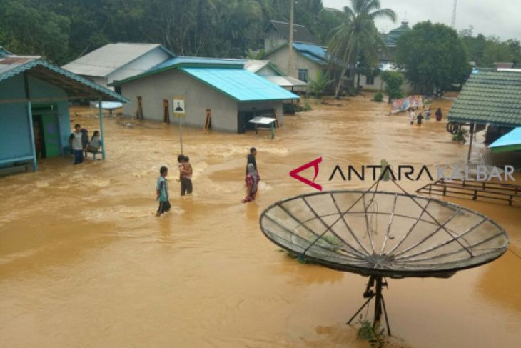 Banjir di Kapuas Hulu mulai surut