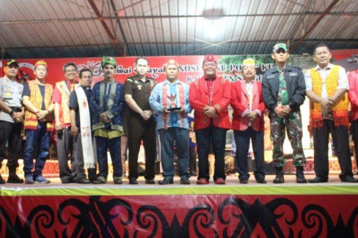 Bupati Sanggau ajak warga antusias gelar gawai Dayak