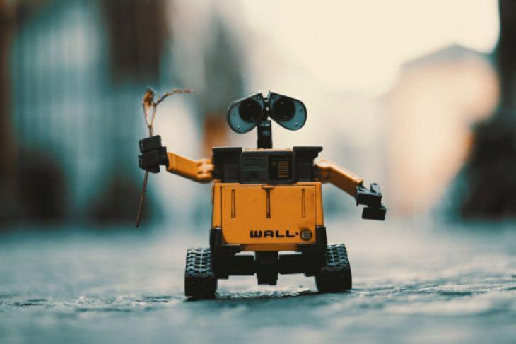 Begini Robot yang mengantar pesanan di China