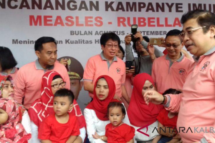 Menkes sepakat tunda imunisasi MR bagi Muslim