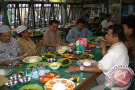 Pembuatan izin rumah makan tinggi di Banjarmasin