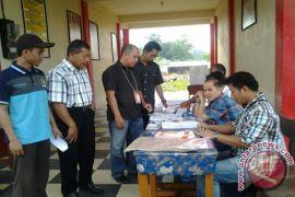 Pemilih di Ttabalong  163.921 orang