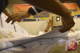 KPU Serahkan Hasil Penelitian Pendaftaran Parpol